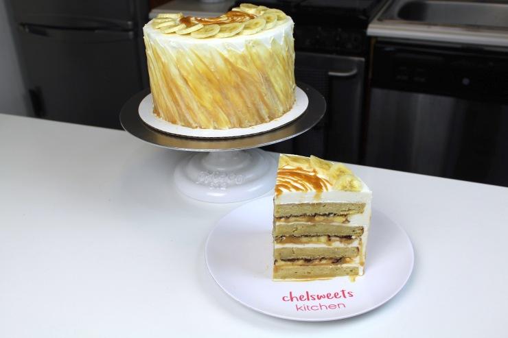 banoffee cake sliced